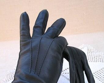 Vintage Short Black Leather Gloves