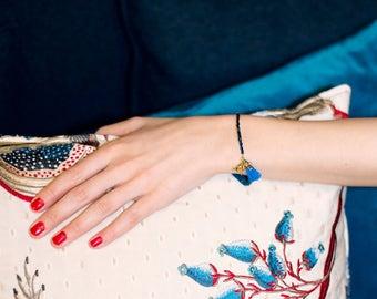 Tassel tiger bracelet for women / Blue beaded bracelet / Jungle bracelet