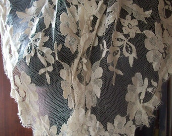 Vintage Mesh Lace Scarf Beige Color/ Wedding Lace/ Vintage Wedding Accessories