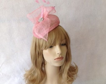 Pink Fascinator, Pink Fascinator Hat, Pink Feather Fascinator, Pink Wedding Fascinator, Pink Derby Hats for Women, Pink Church hat,Pink Hats