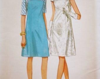 Butterick 4392 /1960s Vintage Sewing Pattern / Princess Slim Dress / Bust 37