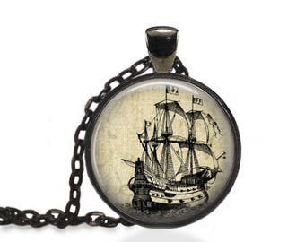 Colonial Ship Pendant, Ship Nautical Necklace, Vintage Ship Jewelry  [A43]