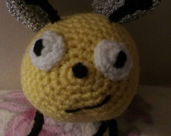 SALE - Bumble bee soft toy-bumble bee plushie-handmade crochet amigurumi bumble bee