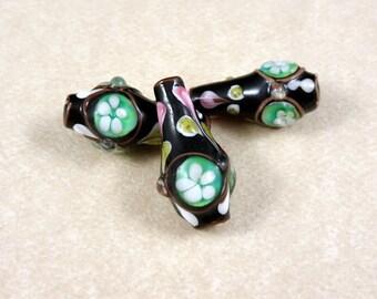 Lampwork Vase Bead - Black Vase/Turquoise Green - Glass Lamp Work Beads - 24x15mm - Sold Individually