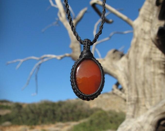 Carnelian macrame healing stone pendant