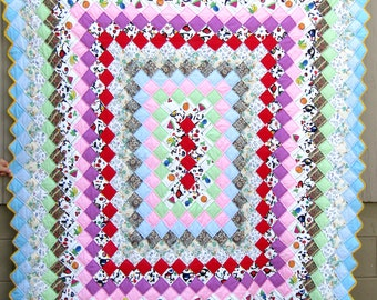 Colorful Vintage TRIP AROUND the WORLD  Quilt Hand-Quilted and Pieced