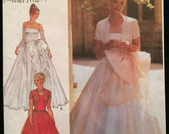 Style Patterns Gown Wedding,Evening,Prom,Party,Fitted Bodice,Full Gathered Skirt in 2 Lengths,Gauntlets,Bolero Jacket Size 8-18 Pattern 2901