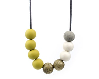 Olive and Gold Bead necklace, Statement necklace, Olive Green Necklace, Chunky Bead necklace, Wearable art, Gold glitter bead necklace