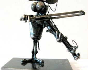 Violinist Mouse Sculpture made from Recycled Steel