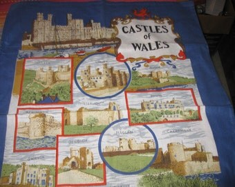 vtg Wales Castle Signed  linen Tea Towel Never USED all the Geographic Castels by CLive Mayor free ship