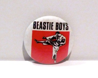 Beastie Boys Pinback Vintage Licensed to Ill Kung Fu Fighter Band Pin Hip Hop Rap Music Button 1980s You Gotta Fight For Your Right Def Jam