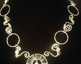Silver Wire Shaped necklace with crystal dangles
