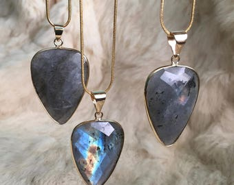 Labradorite Pendant Necklace Large Faceted Labradorite Stone Jewelry Necklace Gold Chain Necklace Jewelry Labradorite gemstone pendant gold