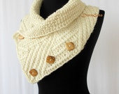 Ivory scarf with wooden buttons, knit scarf, Rib knit pattern scarf, winter chunky scarf, knitted scarf, handmade gift