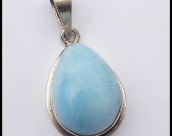 Vintage Sterling Silver and Teardrop Larimar Pendant