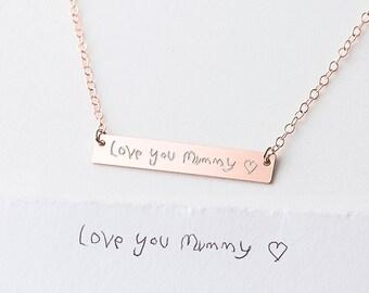 Réel écriture collier - personnalisé gravé Collier - Collier nom pour maman - or collier barre - enfant cadeau de l'enfant pour maman