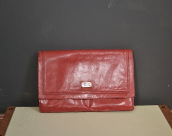 Vintage 80s red leather pouch