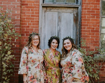 Bridesmaid robes, floral bridesmaid, toddler floral robe, bachelorette robes, party robes, embroidered robes, bridesmaid robe, kimono robes