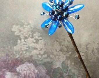 Blue crystal flower wedding hair grip, Crystal wire hair grip, Bridesmaid hair, Flower bobby pin, Bridal hair accessory, Crystal hair pin