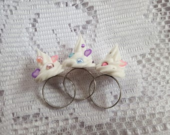 White Whipped Cream Ring with hearts and gems - Adjustable