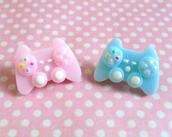 Kawaii console controller pin in blue or pink