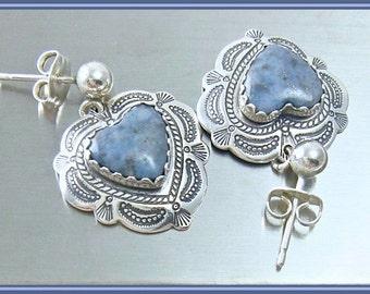 Vintage QT / Carolyn Pollack Earrings Beautifully Stamped Sterling Silver Heart Denim Blue Lapis or Sodalite Pierced Dangle Post