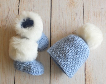 Baby boy hat and Booties set - Crochet Baby Hat and faux fur Booties - Baby winter clothes - Hat with fur pom pom - Faux fur booties