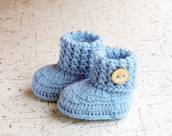 Baby booties - Crochet baby booties - Baby shoes - Blue booties -  Baby ankle boots - Baby boy boots - Newborn shoes - Baby boy gift