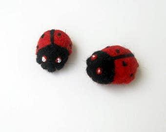 Felt Ladybugs Felt Ladybirds Black and Red Bugs Felt Insects Felt Animals Craft Embellishments 2 pcs needle felt ladybug little ladybug wool