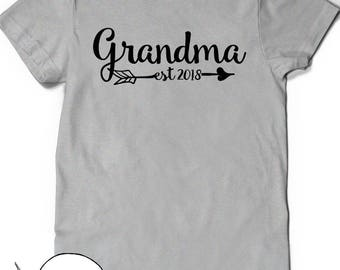 Pregnancy Announcement Grandma Shirt Est Since 2018 T-Shirt T Shirt Tee Grammy Grandmom Grandmother Baby Shower Gift Idea Mom-MOM Nana Mom