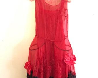 1920s Dress / 20s Robe de Style Pannier Dress / Red Lace Flapper Dress