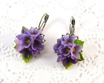 Lilac earrings - Polymer clay jewelry - Gift for girlfriend - handmade jewelry - violet flowers jewellery
