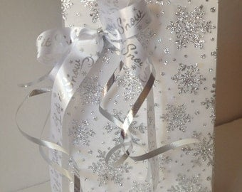 Snowflake!  Let it Snow!  Small Decorated Gift Bag Set of 3