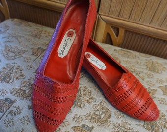 1980's Red Woven Leather Flats by Fanfares Size 37