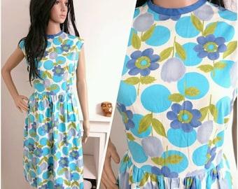 Vintage 1950s 60s Blue Cotton Floral Spot Tulip Daisy Midi Dress 50s / UK 14 / EU 42 / US 10