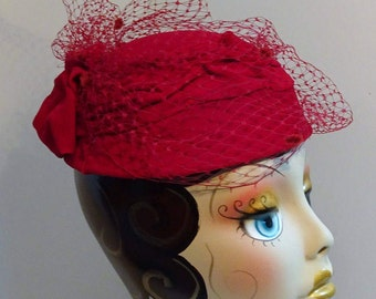 Woman's 1950's Hat/Millinery Reproduction Red