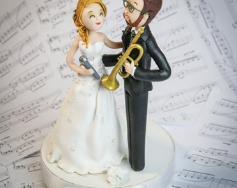 Music for the bride and groom: a trumpet player and a singer