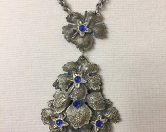Vintage Art Nouveau Style Silver Tone & Blue Rhinestone Pendant Necklace