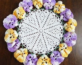 Small Vintage Crocheted Pansy Doily, Floral Edged Handmade Table Doiley, Mid Century Home Fashion, Pansy Crochet Flowers, Retro Shabby Decor