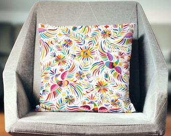 Bird Cushion | Bird Decoration | Bird Décor | Bird Pillow | Bird Pillow Case | Bird Throw Pillow | Bird Pillow Cover | Floral Pillow