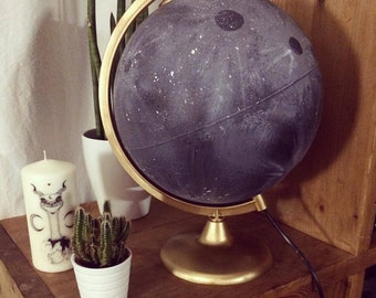 Lampe Globe Lunar Grey & Gold -  Limited Collection, Moon, Cosmic Design - MOON GLOBE - By Emily Mesli