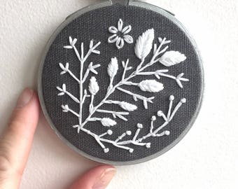 """White Vines {3"""" Embroidered Hoop}"""