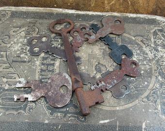 Antique/Vintage Keys - Lot 3