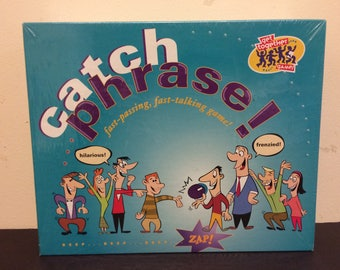 Catch Phrase   Fast-Passing  Fast-talking game!