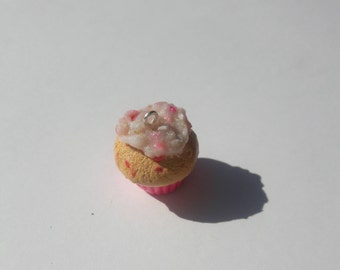 Cheeky Strawberry Cupcakes