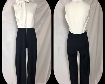 1970s Sunshine Alley Stretch Knit Pantsuit in Contrast Black and White with Bow Tie Neck - Small Medium