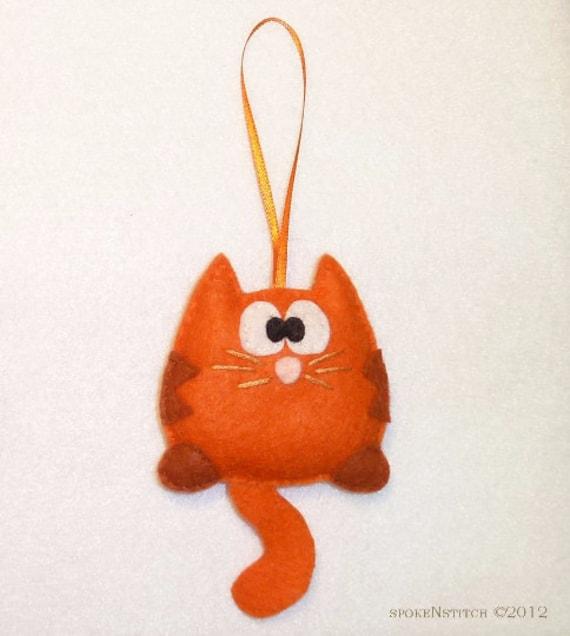 Pattern cat ornament orange striped kitty felt christmas for Cat christmas ornaments craft