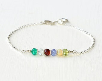 Custom Grandma Bracelet / Delicate Grandmother Family Birthstone Bracelet / Grandchildren Birthstone Jewelry / 7 Inch Sterling Silver