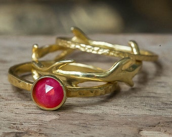 Ruby Ring, Stacking Rings, Hammered Rings, Crown Ring, Twig Ring, Simple Rings, Dainty Rings, Set of three, Stackable Rings, July Birthstone