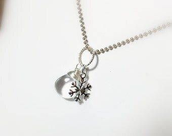 Clear Quartz Gemstone Sterling Silver Snowflake Charm Pendant, Winter Wedding Necklace, Bridal Gifts
